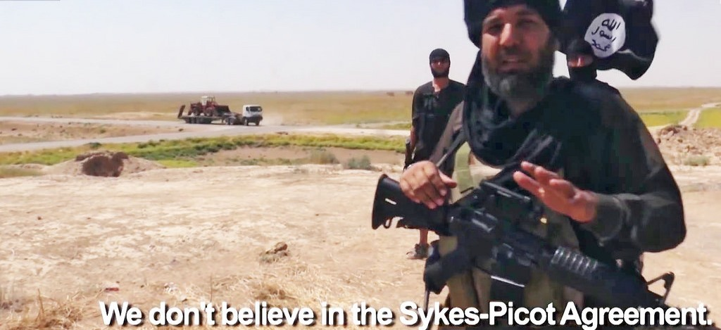 extrait du documentaire de ViceNews: Bulldozing the Border Between Iraq and Syria: The Islamic State (Part 5)