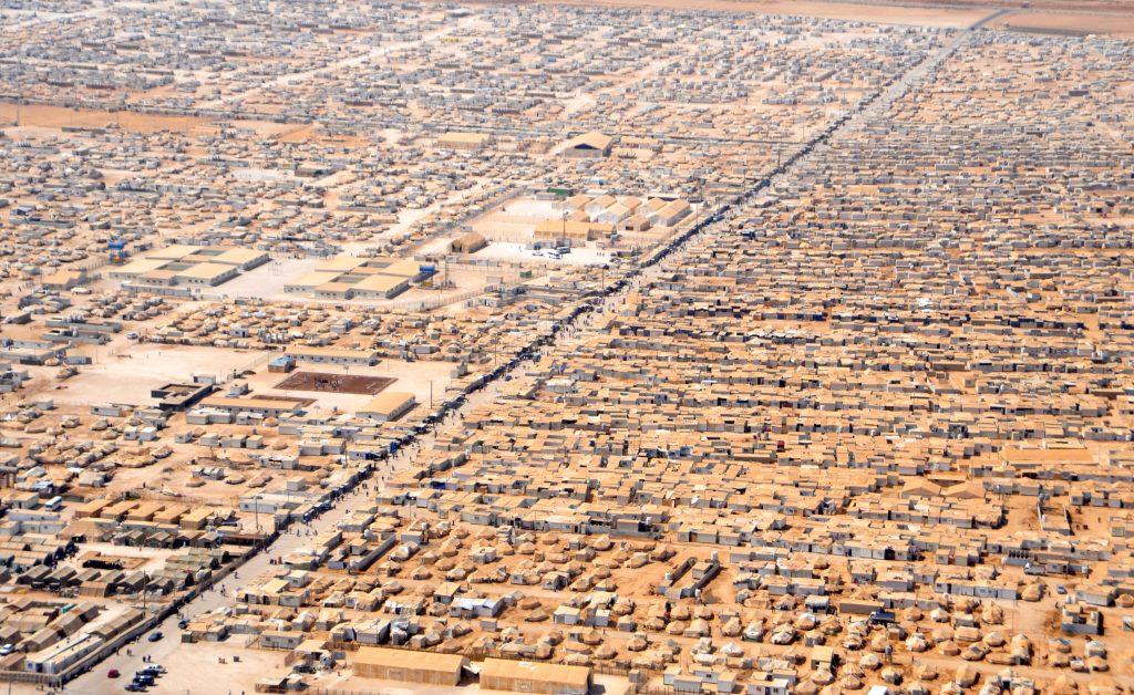 Le camp de réfugiés Zaatari en Jordanie. 18 juillet 2013. Département d'État américain. Domaine public